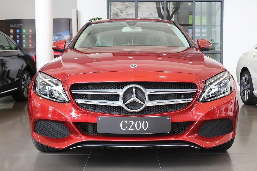 Đánh giá khả năng vận hành của Mercedes C200 2018 mới