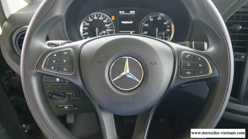 Mercedes Vito Tourer 121 2018 8 cho ngoi (1)