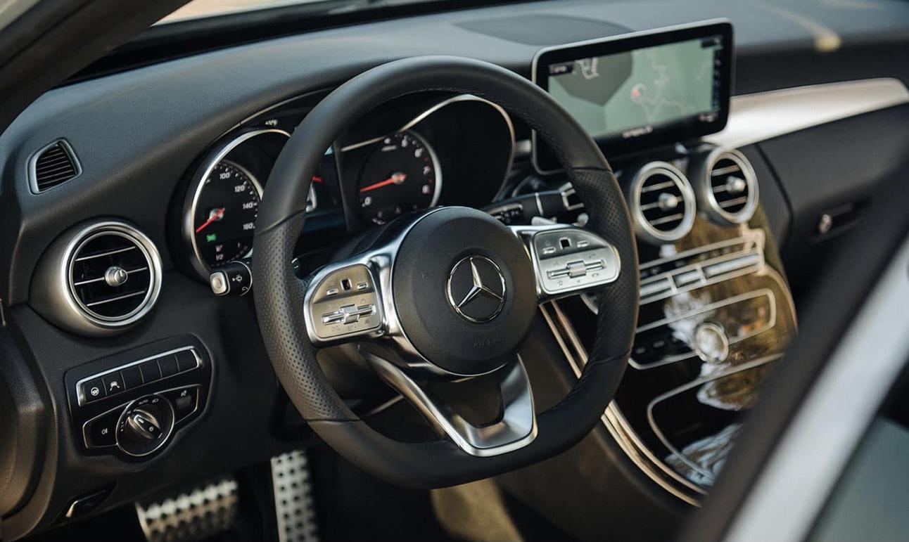 Mercedes C300 AMG 2021