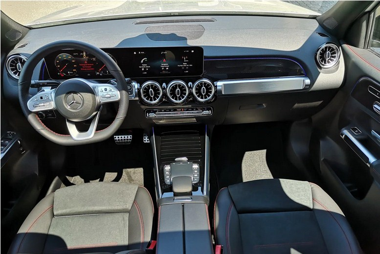 Mercedes GLB 200 AMG 2021